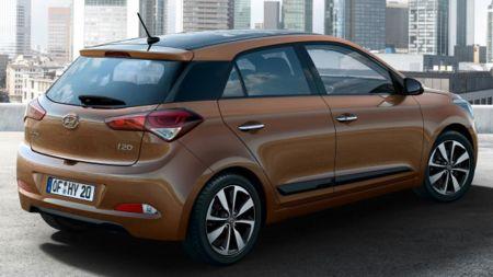 Vue arrière de la Hyundai i20 2015